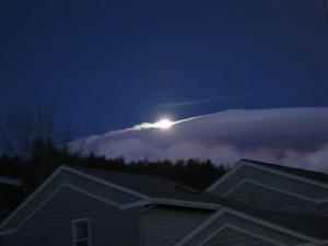 月の光とUFO雲